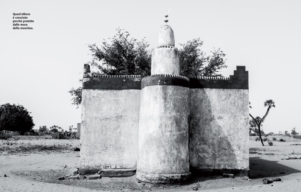 Niamey Brucia Nigrizia3